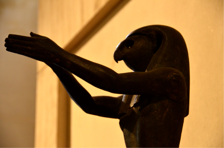 image of beaked statue